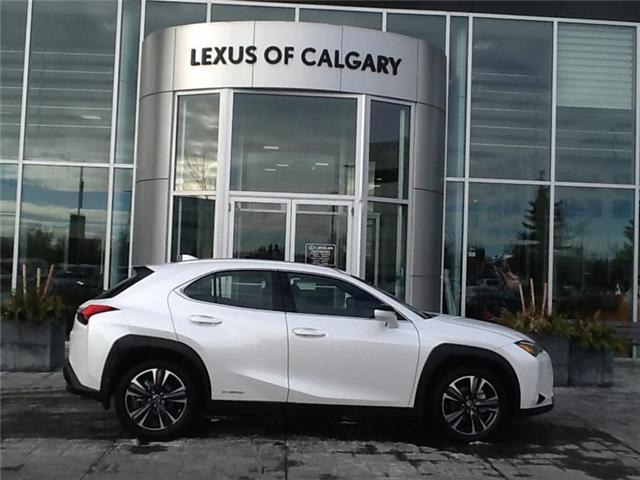 2019 Lexus UX 250h Base (Stk: 190414) in Calgary - Image 1 of 9
