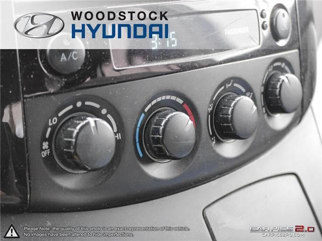 2004 Toyota Sienna CE 7 Passenger (Stk: P1350A) in Woodstock - Image 13 of 26