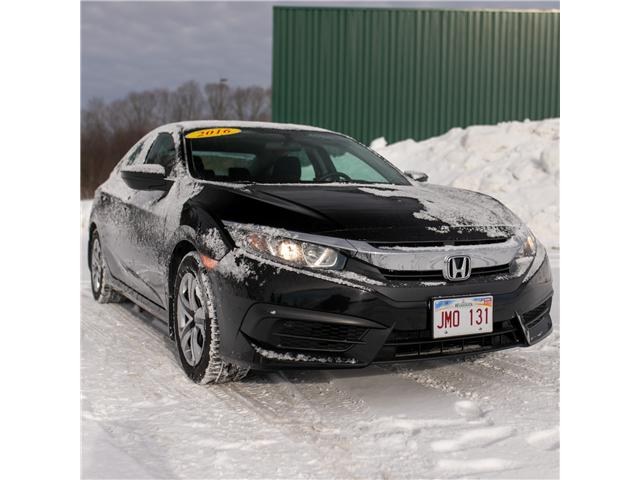 2016 Honda Civic LX (Stk: U5099A) in Woodstock - Image 2 of 10
