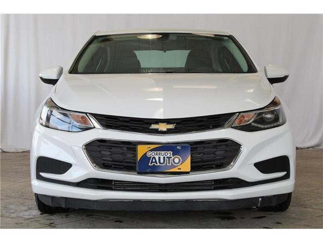 2017 Chevrolet Cruze LT Auto (Stk: 113677) in Milton - Image 2 of 39