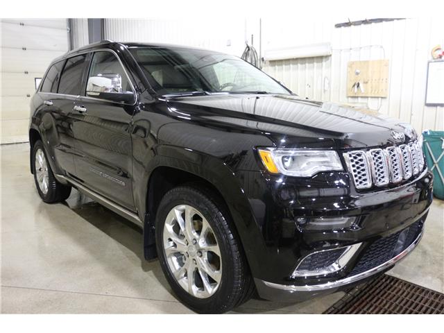2019 Jeep Grand Cherokee Summit (Stk: KT041) in Rocky Mountain House - Image 3 of 30