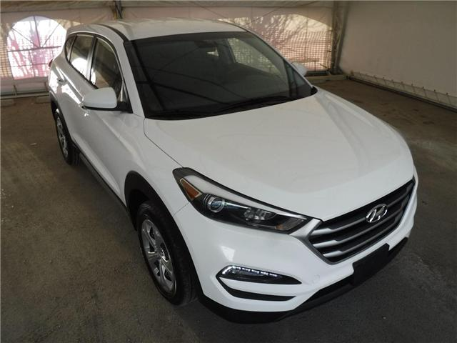 2018 Hyundai Tucson Base 2.0L (Stk: S1628) in Calgary - Image 3 of 26