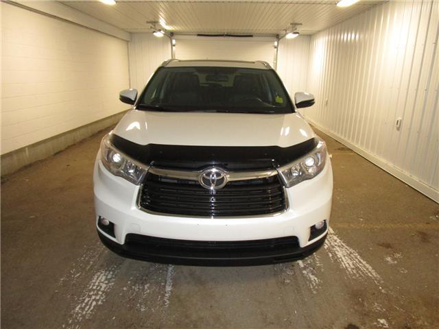 2016 Toyota Highlander Limited (Stk: 1931611 ) in Regina - Image 2 of 40