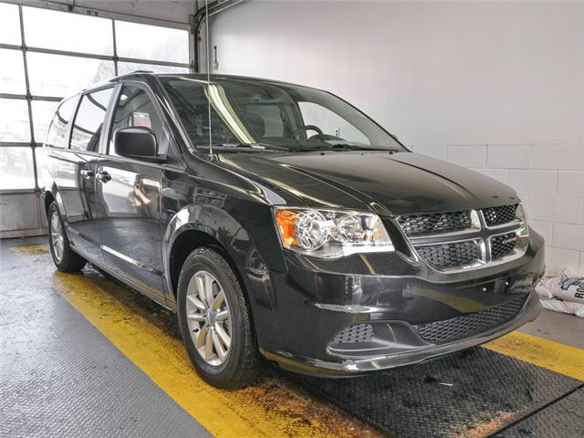 2019 Dodge Grand Caravan CVP/SXT (Stk: M094100) in Burnaby - Image 2 of 13