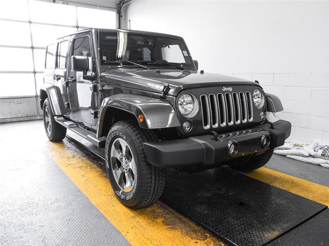 2018 Jeep Wrangler JK Unlimited Sahara (Stk: Y039490) in Burnaby - Image 2 of 7