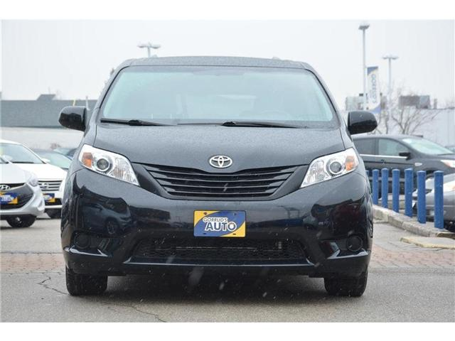 2016 Toyota Sienna LE (Stk: 693629) in Milton - Image 2 of 14