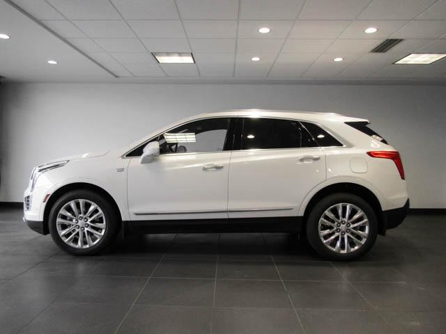 2019 Cadillac XT5 Platinum (Stk: C9-05580) in Burnaby - Image 7 of 24