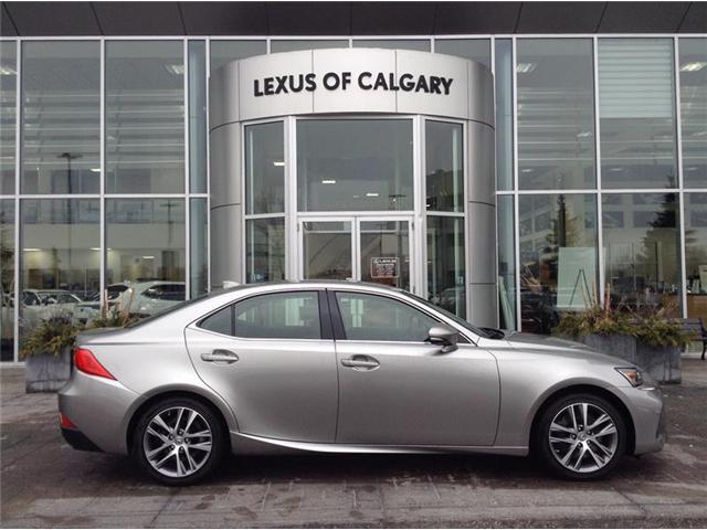 2019 Lexus IS 300 Base (Stk: 190346) in Calgary - Image 1 of 8
