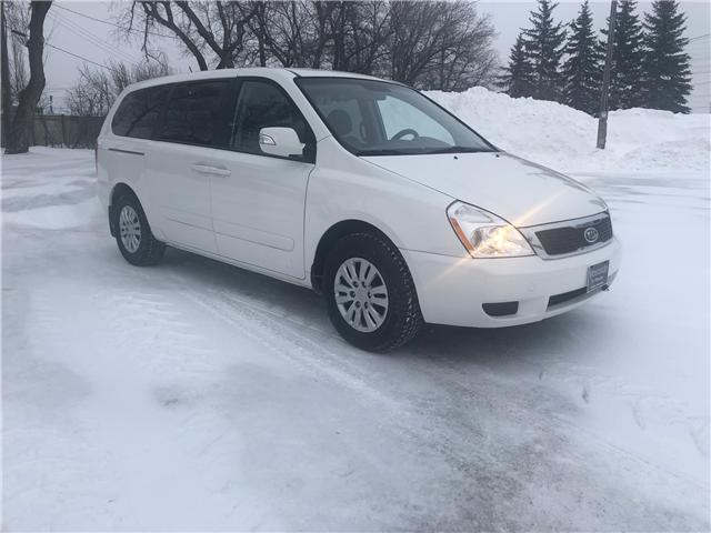 2011 Kia Sedona LX Convenience (Stk: 9704.0) in Winnipeg - Image 1 of 22