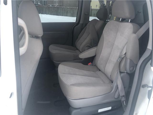 2011 Kia Sedona LX Convenience (Stk: 9704.0) in Winnipeg - Image 13 of 22