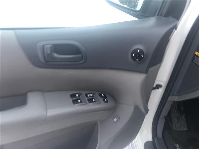 2011 Kia Sedona LX Convenience (Stk: 9704.0) in Winnipeg - Image 16 of 22