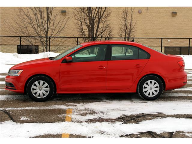 2015 Volkswagen Jetta 2.0L Trendline+ (Stk: 1901034) in Waterloo - Image 2 of 25