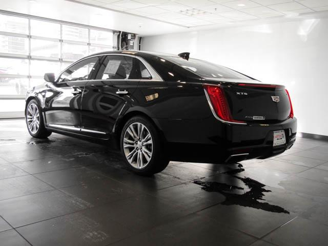 2018 Cadillac XTS Luxury (Stk: P9-56100) in Burnaby - Image 6 of 24