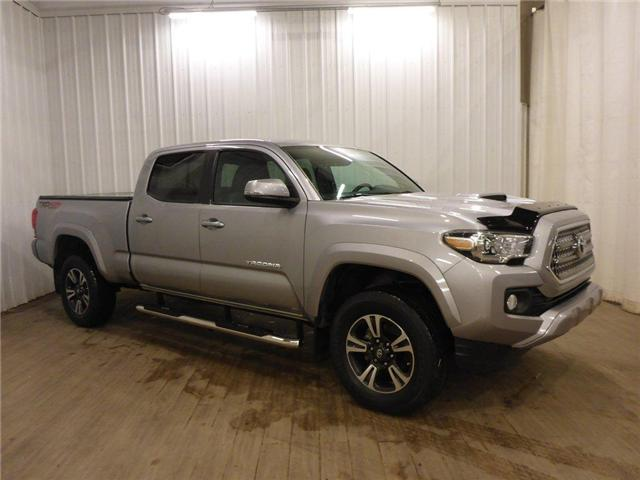 2016 Toyota Tacoma TRD (Stk: 19012189) in Calgary - Image 1 of 30