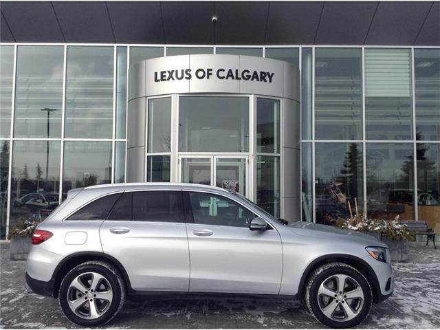 2017 Mercedes-Benz GLC300 4MATIC SUV (Stk: 190171A) in Calgary - Image 1 of 12