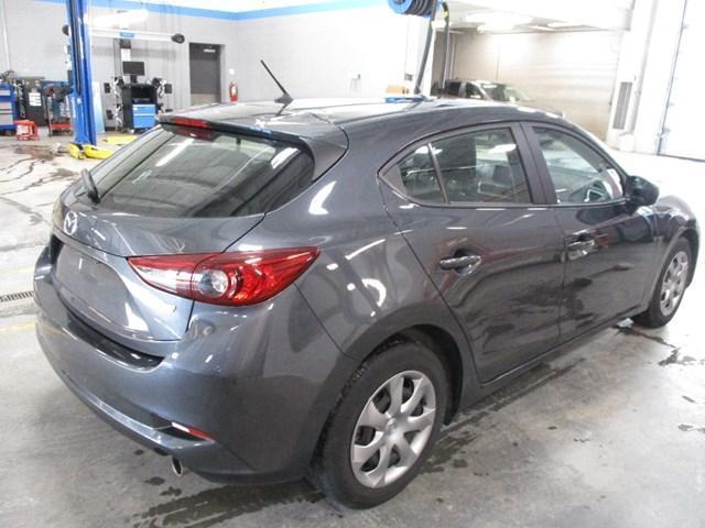 2018 Mazda Mazda3 GX (Stk: MX1052) in Ottawa - Image 3 of 20