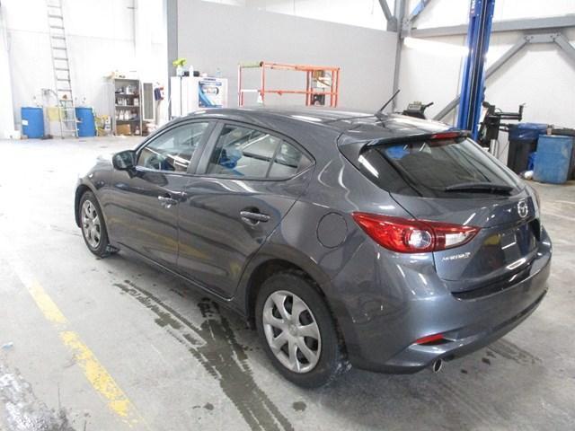 2018 Mazda Mazda3 GX (Stk: MX1052) in Ottawa - Image 5 of 20