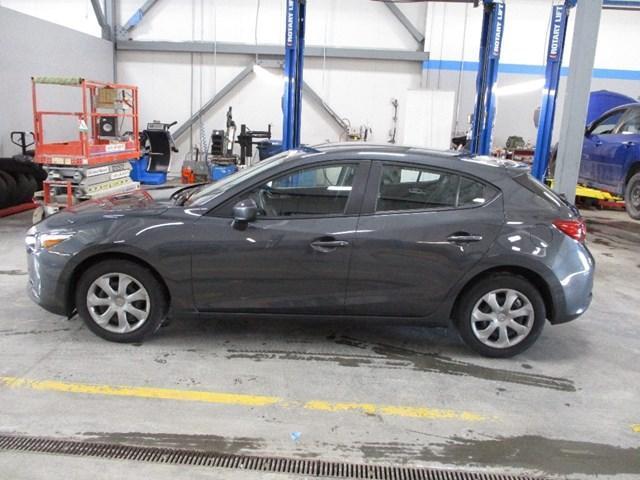 2018 Mazda Mazda3 GX (Stk: MX1052) in Ottawa - Image 6 of 20
