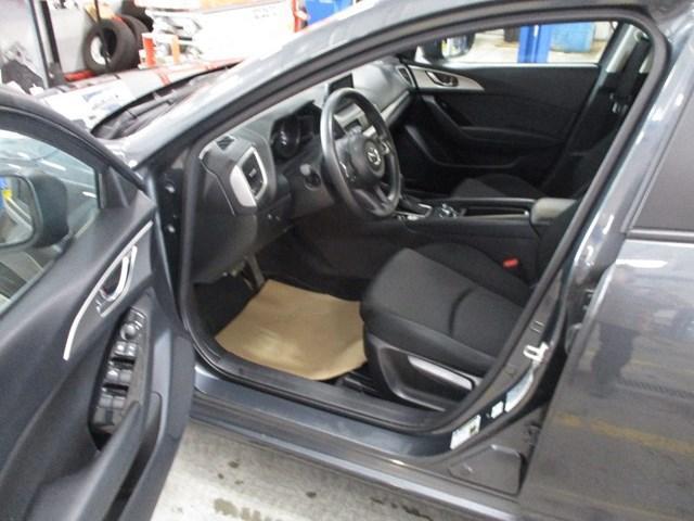2018 Mazda Mazda3 GX (Stk: MX1052) in Ottawa - Image 9 of 20