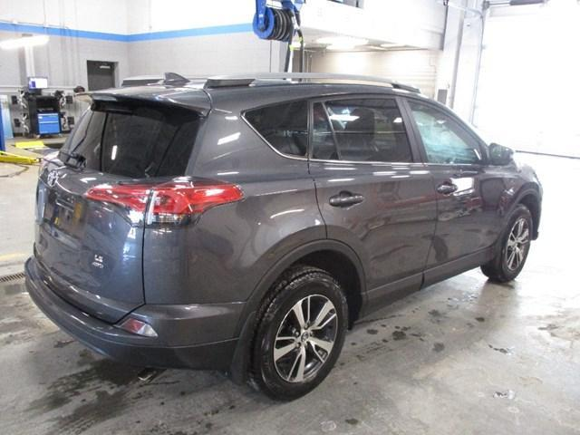2018 Toyota RAV4 LE (Stk: MX1053) in Ottawa - Image 3 of 20