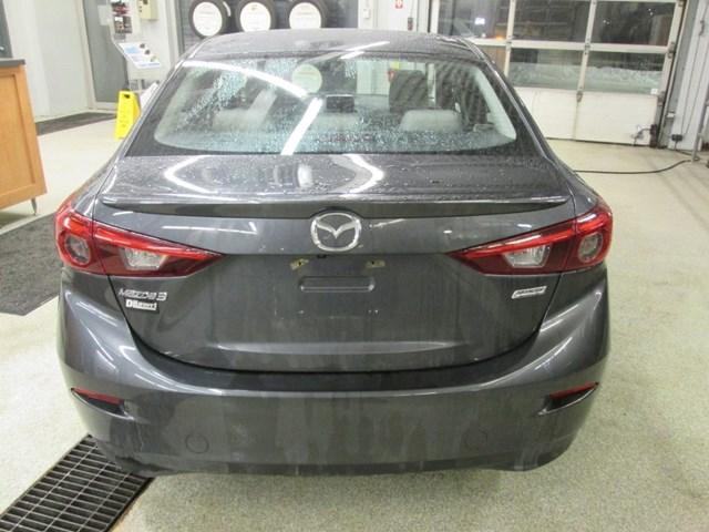 2014 Mazda Mazda3 GT-SKY (Stk: 204561) in Gloucester - Image 4 of 20