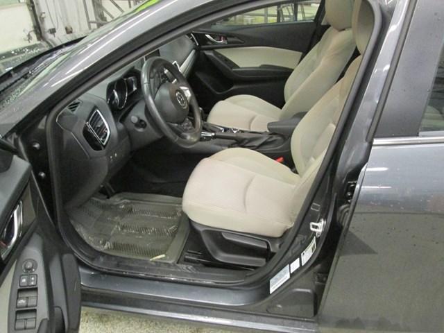 2014 Mazda Mazda3 GT-SKY (Stk: 204561) in Gloucester - Image 10 of 20