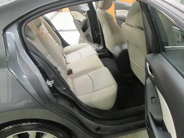 2014 Mazda Mazda3 GT-SKY (Stk: 204561) in Gloucester - Image 12 of 20