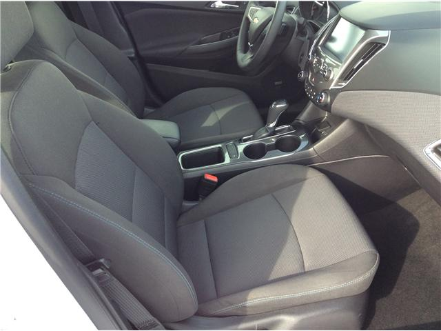2018 Chevrolet Cruze LT Auto (Stk: 190087) in North Bay - Image 7 of 18