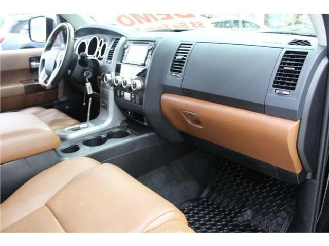 2017 Toyota Sequoia Platinum 5.7L V8 (Stk: D271969) in Markham - Image 17 of 24