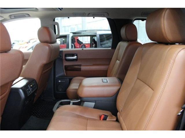 2017 Toyota Sequoia Platinum 5.7L V8 (Stk: D271969) in Markham - Image 19 of 24