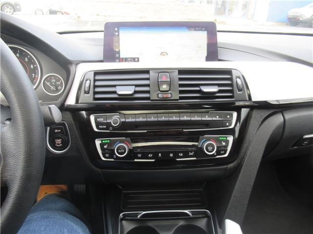 2018 BMW 330i xDrive (Stk: 013582) in Dartmouth - Image 17 of 25
