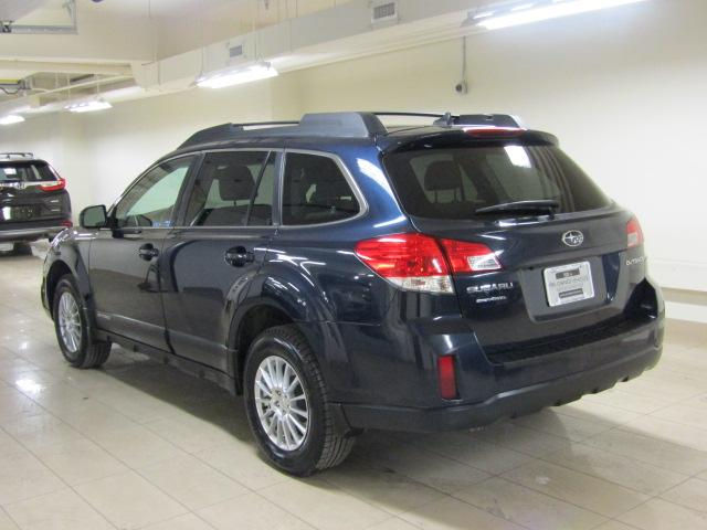 2014 Subaru Outback 2.5i Limited Package (Stk: AP3175) in Toronto - Image 3 of 30