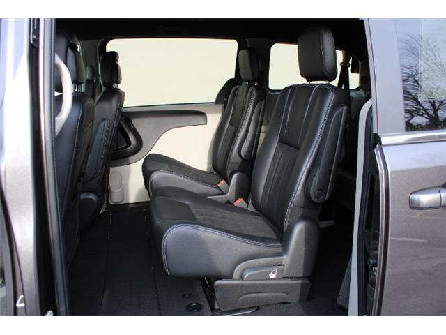 2019 Dodge Grand Caravan CVP/SXT (Stk: R607420) in Courtenay - Image 6 of 30