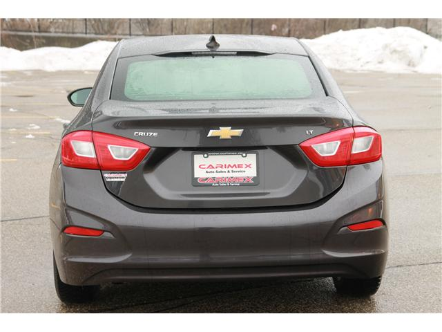 2017 Chevrolet Cruze LT Auto (Stk: 1902042) in Waterloo - Image 4 of 25
