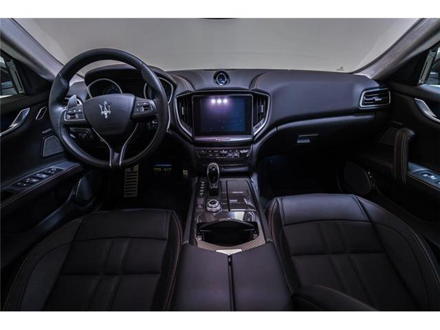 2018 Maserati Ghibli S Q4 GranSport (Stk: 893MCE) in Calgary - Image 16 of 17