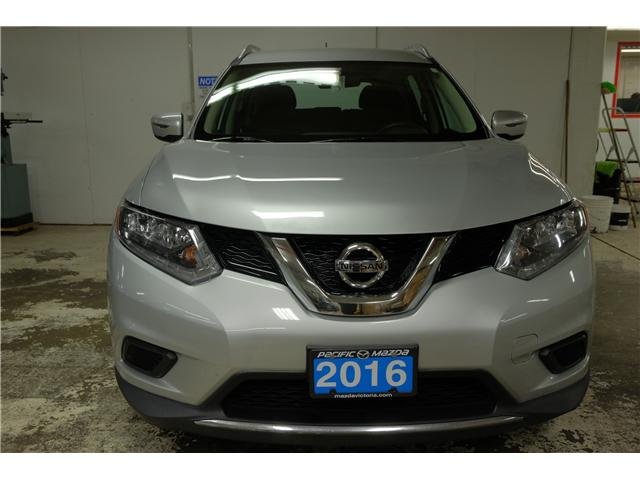 2016 Nissan Rogue S (Stk: 7856A) in Victoria - Image 3 of 25