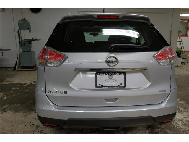 2016 Nissan Rogue S (Stk: 7856A) in Victoria - Image 7 of 25