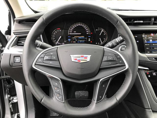 2018 Cadillac XT5 Premium Luxury (Stk: 8D02420) in North Vancouver - Image 16 of 24