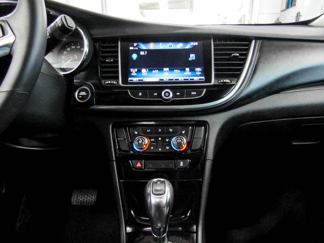 2018 Buick Encore Essence (Stk: P9-57440) in Burnaby - Image 8 of 23