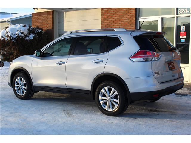 2016 Nissan Rogue SV (Stk: 833593) in Saskatoon - Image 2 of 21