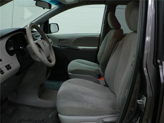 2014 Toyota Sienna  (Stk: 186416) in Kitchener - Image 5 of 28
