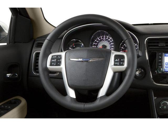 2013 Chrysler 200 LX (Stk: 19131) in Chatham - Image 2 of 8