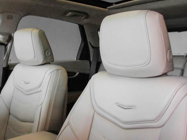 2019 Cadillac XT5 Platinum (Stk: C9-05630) in Burnaby - Image 18 of 24