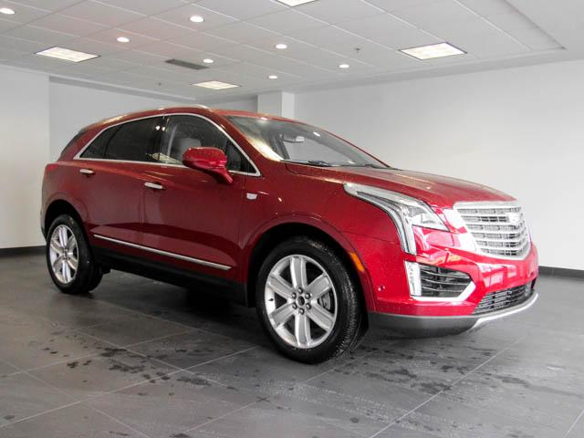 2019 Cadillac XT5 Platinum (Stk: C9-05630) in Burnaby - Image 2 of 24