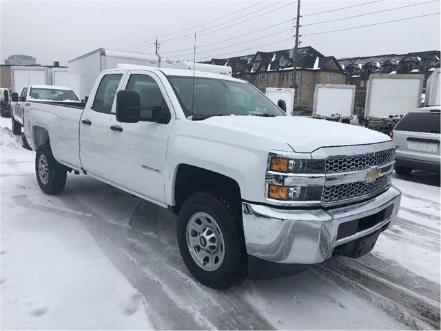 2019 Chevrolet Silverado 2500HD New 2019 Chevrolet 2500 4x4 Dbl Cab Plow Package (Stk: PU95443) in Toronto - Image 6 of 14