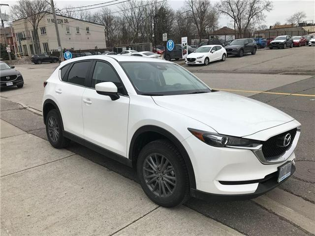 2018 Mazda CX-5 GS/AWD (Stk: DEMO78719) in Toronto - Image 2 of 10