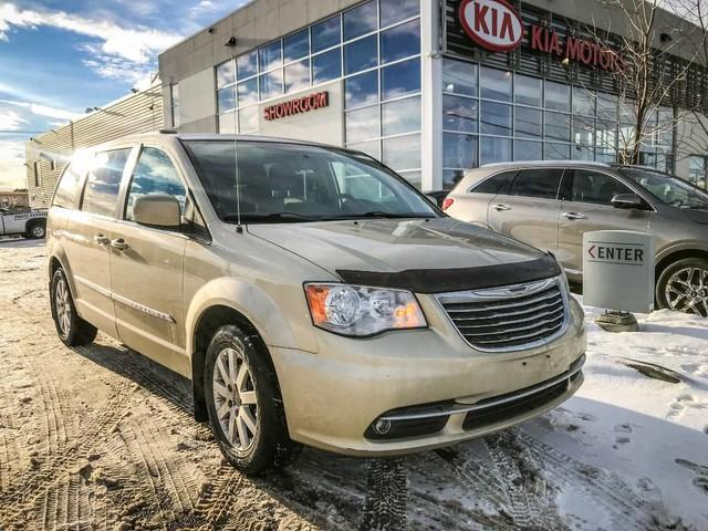 2011 Chrysler Town & Country Touring w/Leather (Stk: 21404A) in Edmonton - Image 1 of 19