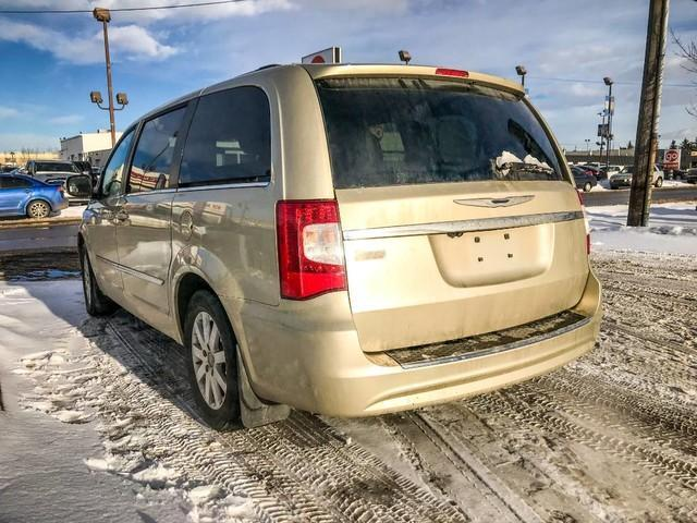 2011 Chrysler Town & Country Touring w/Leather (Stk: 21404A) in Edmonton - Image 3 of 19