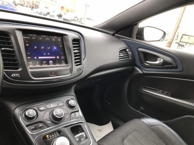 2015 Chrysler 200 S (Stk: 7265) in Edmonton - Image 13 of 20