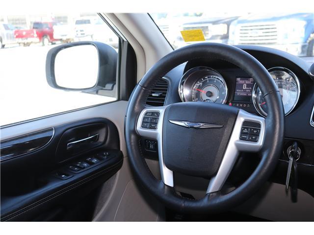 2016 Chrysler Town & Country Touring-L (Stk: P36100) in Saskatoon - Image 12 of 24